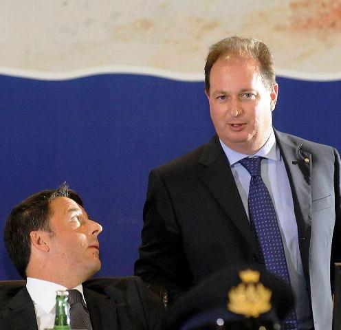 Il neo presidente dell'Autorità di sistema portuale del Mar Adriatico meridionale, dr. Ugo Patroni Griffi, con l'ex premier Renzi