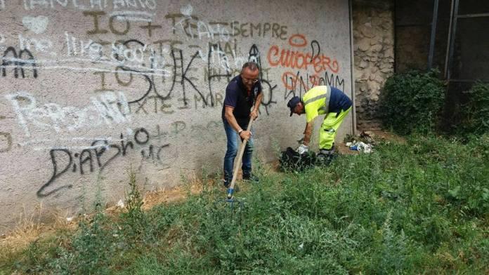 Manfredonia, ripulito il Torrione Santa Maria. Ora, bestie, non tornate a sporcare..