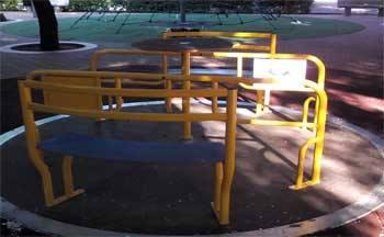 Parchi giochi per bambini con disabilità