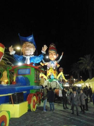 Carnevale 2017 -Dalla in cartapesta