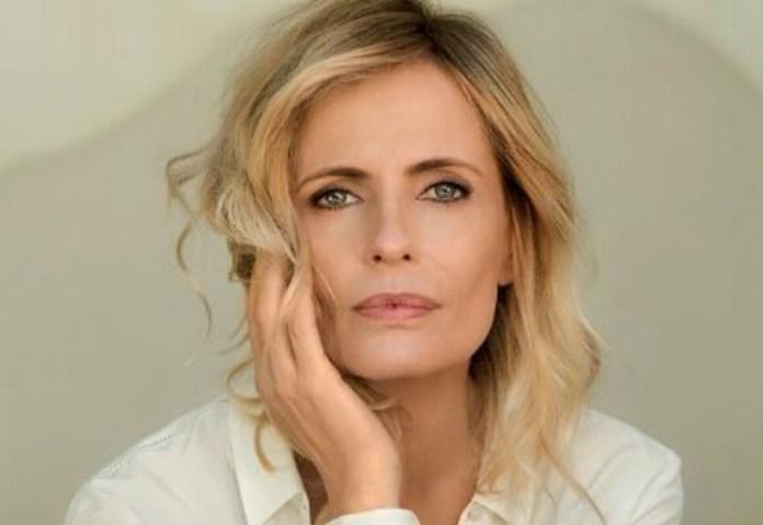 Isabella Ferrari (immagine in allegato)