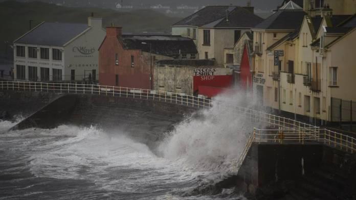 Paura in Irlanda per Ophelia
