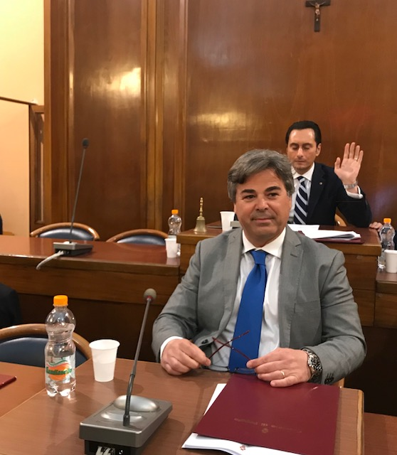 In primo piano il sindaco di Foggia Franco Landella (ph Paola Lucino)