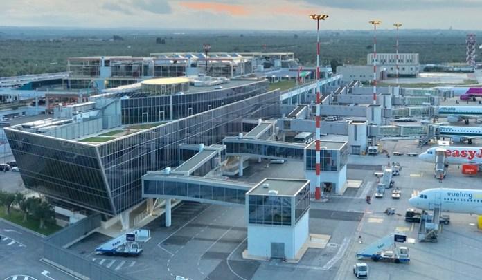 Aeroporto di Bari, vista dall'alto (PH ANSA Puglia)