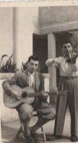 Cinema Impero-Anni '40- Michele Stelluti (seduto) violino- Carmine -Carmenille- Tomaiuolo - violino