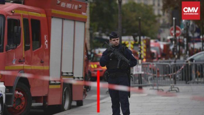 Parigi, attacco alla prefettura: cinque morti