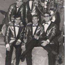 Anni '60-Luciano Gatta con Il complesso musicale- I Delfini- Archivio Tonino Racioppa