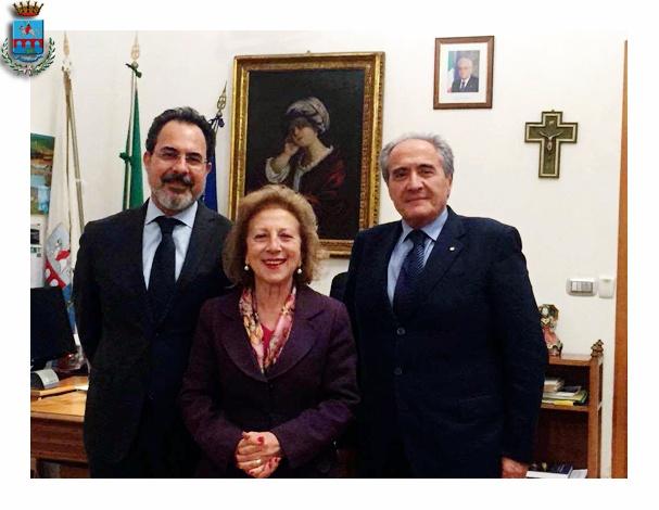 La Commissione straordinaria del Comune di Manfredonia (PH COMUNE MANFREDONIA)