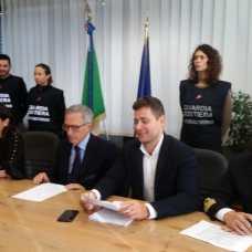 "Manfredonia. ""Reati contro PA e fede pubblica"": 4 arresti, 23 indagati Capitaneria (II)"