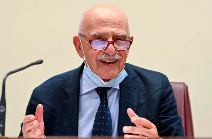 Gian Carlo Blangiardo, presidente dell'Istat, durante la presentazione dei risultati dell'indagine di sieroprevalenza su SARS-COV-2 al Ministero della Salute, Roma, 3 agosto 2020. ANSA/RICCARDO ANTIMIANI