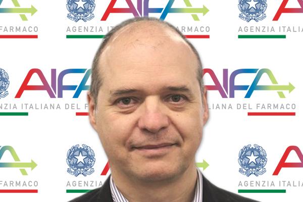 Nicola Magrini è il nuovo Direttore Generale dell'Agenzia Italiana del Farmaco, medico specializzato in farmacologia clinica. Vanta un'esperienza ventennale nella valutazione dei farmaci, nello sviluppo di Linee guida e politiche farmaceutiche. Proviene dall'OMS, dove è stato Segretario della Lista dei Farmaci Essenziali (WHO –EML) dal 2014.