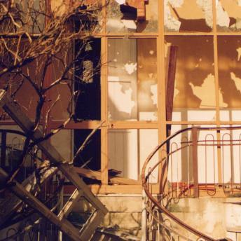 Villa Rosa-lo scempio perpetrato nel tempo da miseri sciacalli-