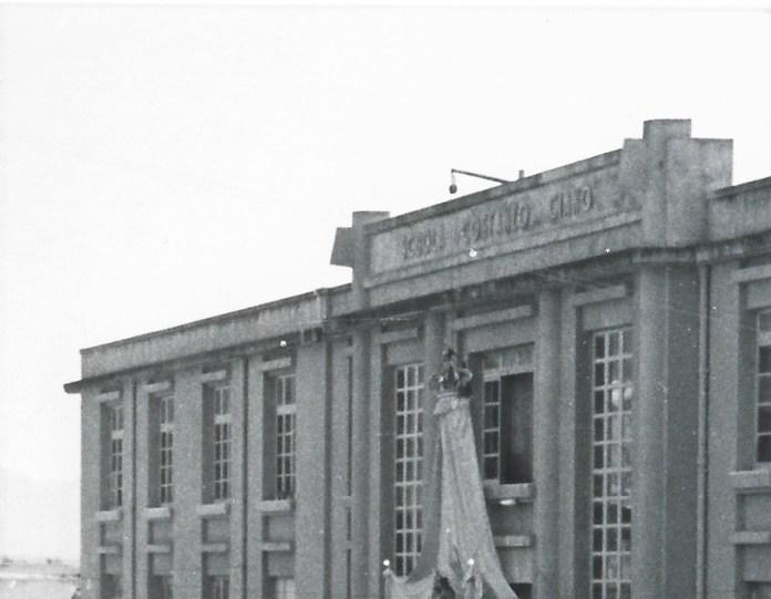 Manfredonia-La scuola elementare Costanzo Ciano, poi de Sanctis, sede del Royal Navy inglese durante le seconda guerra mondiale