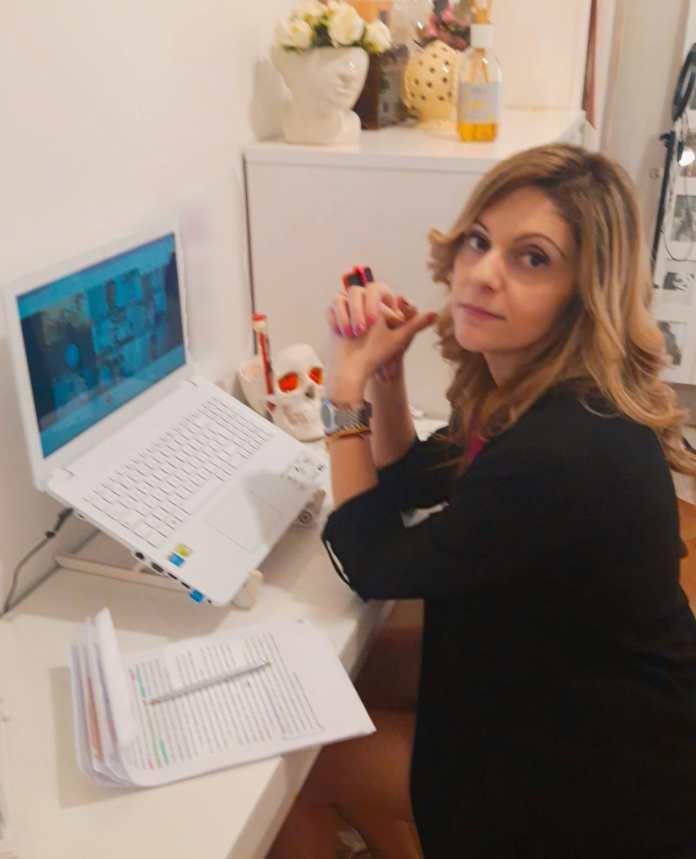 Auguri Michela Maria Castriotta, oggi la discussione della tesi di laurea da remoto