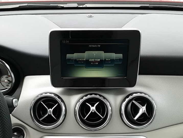 Mercedes-Benz GLA or CLA 8″ Touch Screen Display Monitor