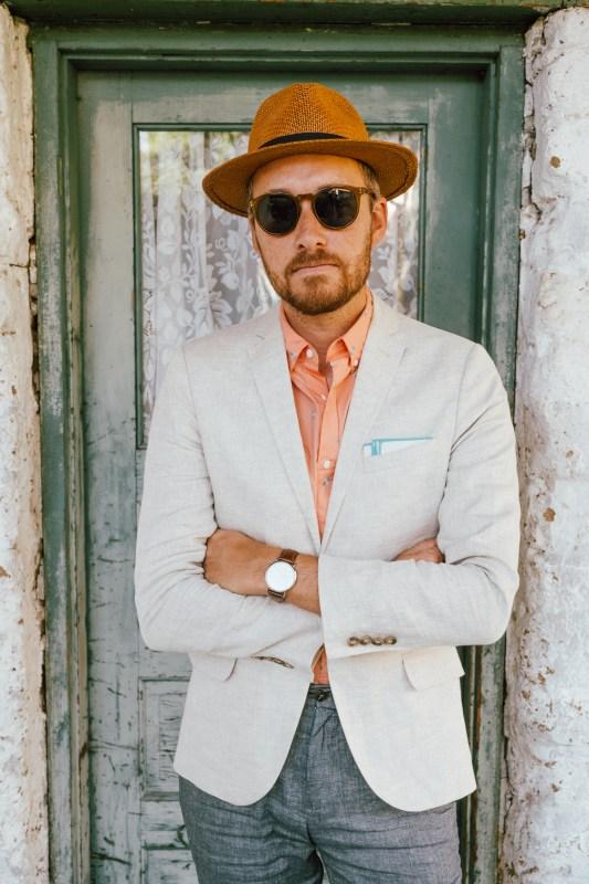 Simple Change: Aloha Shirt Dressed Up - Stay Classic