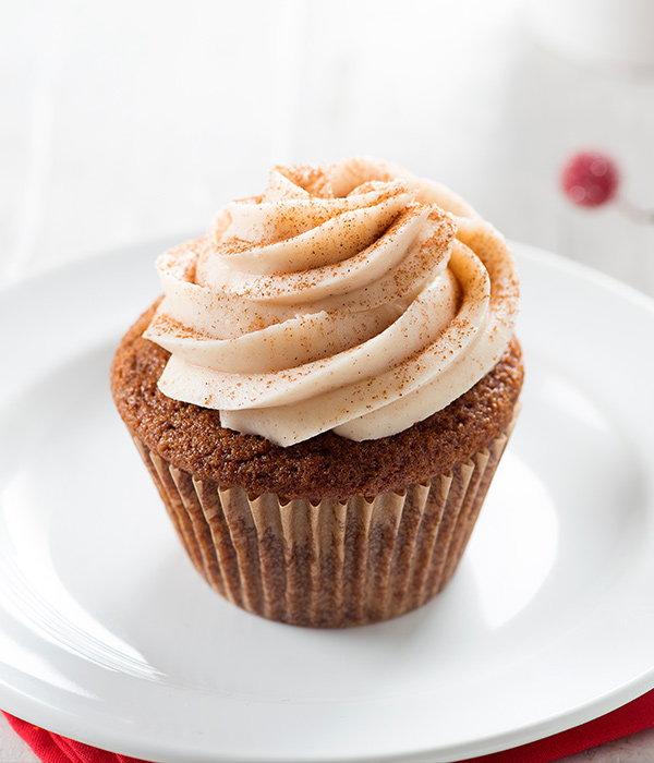 Low Carb Holiday Spice Cakes