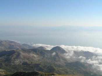 Skadarsko jezero u oblacima