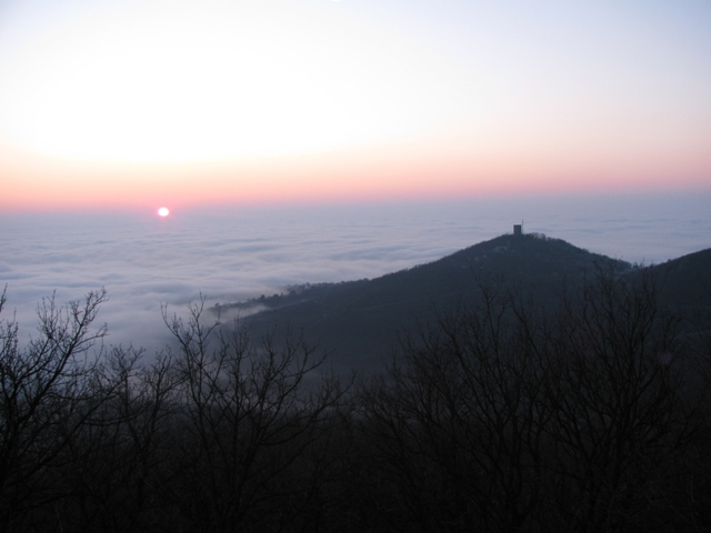 Kula u oblacima