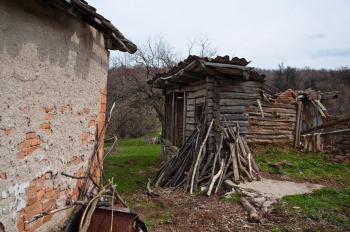 Stare kuće od naboja