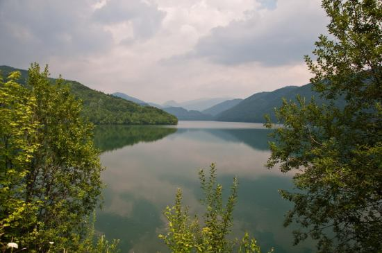 Jezero Cernei