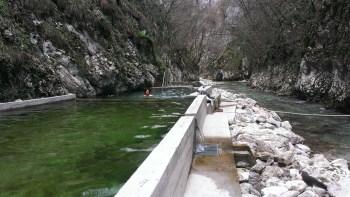 bazeni na termo-kraškim izvorima