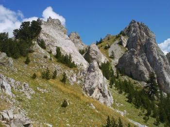 Veliki vrh iza prevoja Gurit