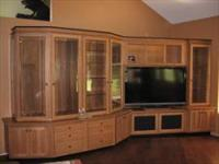 BETTER BUILT CUSTOM CABINETRY