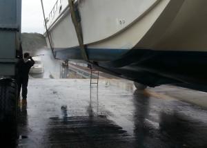 Boat washing at Sunnyside Marina
