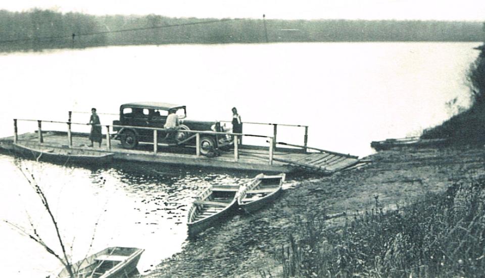 st-croix-river-ferry-carnes-1