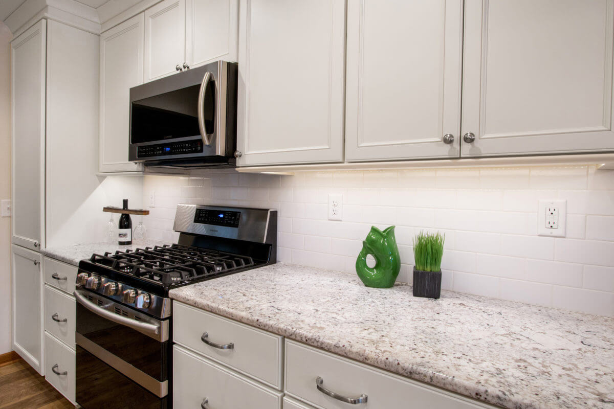 Elkhorn Galley Kitchen Went From Dark and Dated to Bright ...