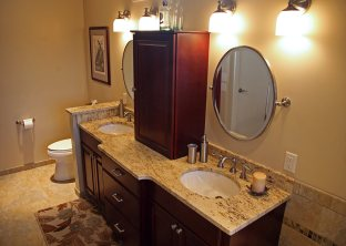Master Bath with Soaking Tub in Delavan - vanity-top-detal1