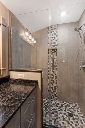 12 x 24 Porcelain Tile with Mosaic Tile Floor and Wall Detail