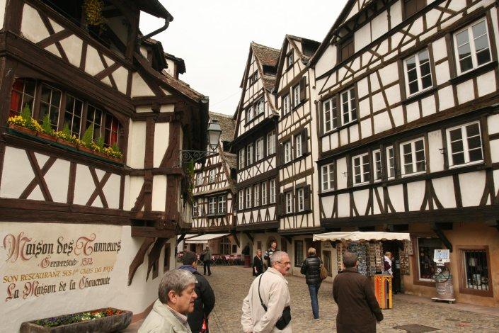 De historische wijk Petit France in Straatsburg in de Elzas in het oosten van Frankrijk
