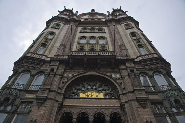 Parisi Udvar Boedapest