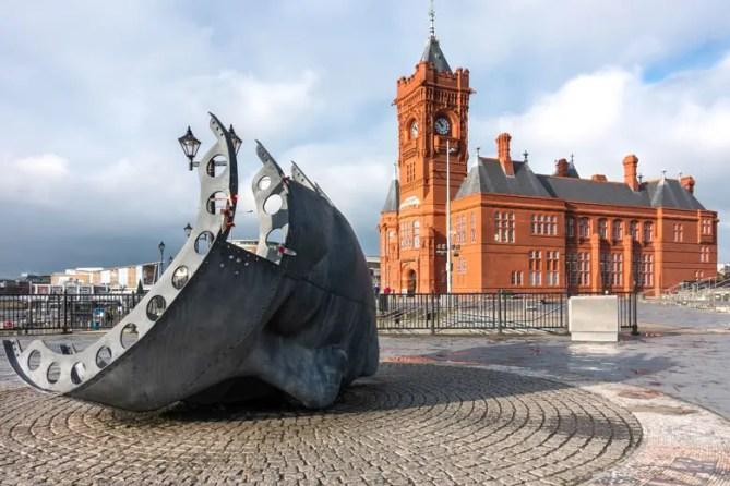 Cardiff Seafarers War Memorial