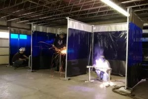 WC-3B-Welding-Curtain-1-573x384