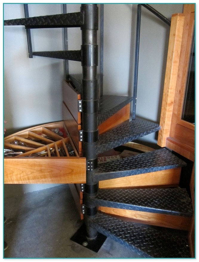 Used Metal Spiral Staircase For Sale   Metal Spiral Staircase For Sale   Cast Iron   Stair Railing   Staircase Kits   Wrought Iron   Handrail