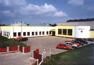 Nieuwe fabriek Bohemia Piano's en Vleugels