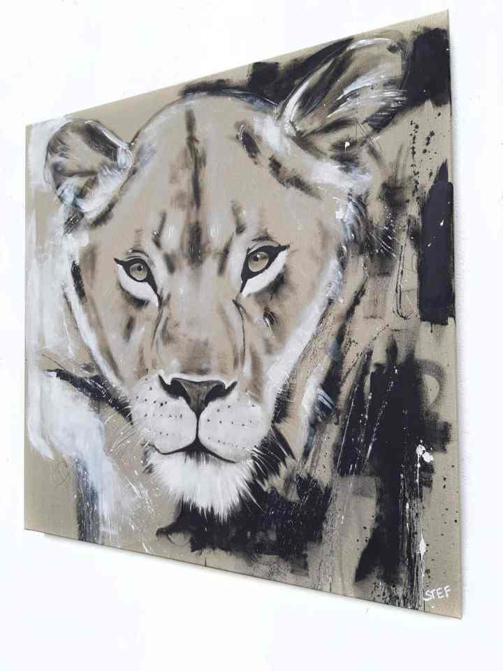 Wandbild Löwin, zeitgenössische Malerei von Stefanie Rogge, Original Gemälde direkt ab Atelier kaufen