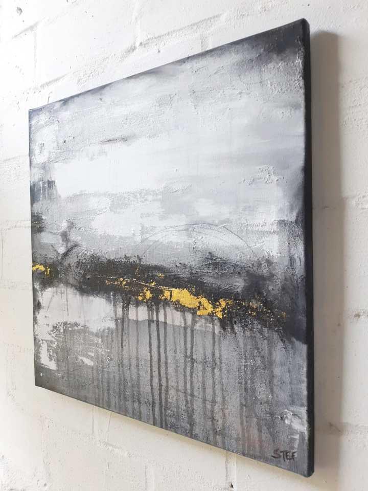 Gemälde monochrom und abstrakt von Künstlerin Stefanie Rogge