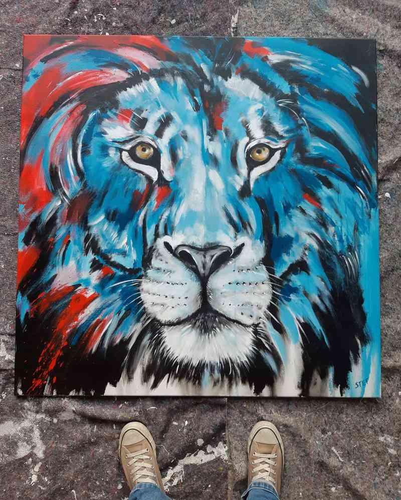Original Löwe bunt im Atelier