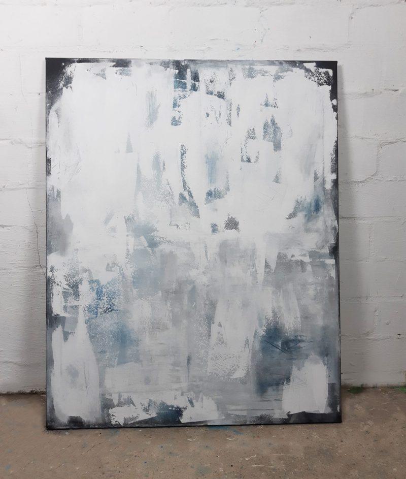 abstraktes Gemälde in Weiß und Lichtblau - Unikat von Künstlerin Stefanie Rogge direkt aus dem Atelier kaufen