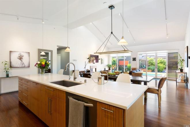 Energy-efficient, eco-friendly BLUHome