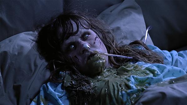 Primo piano di Linda Blair e del vomito verde
