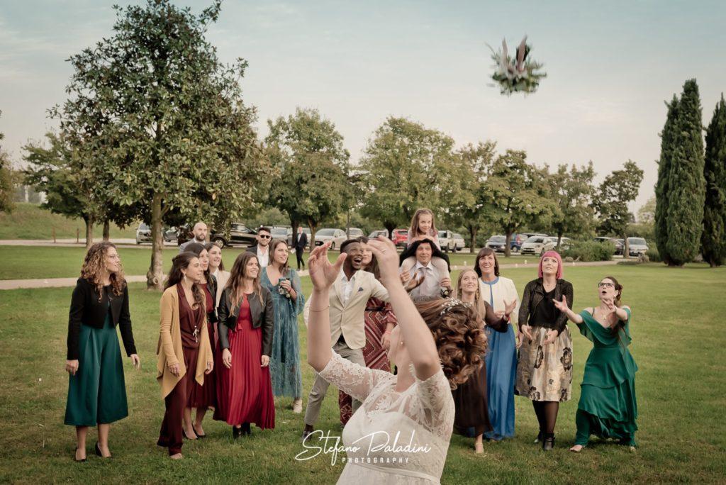 Lancio del Bouquet da Sposa