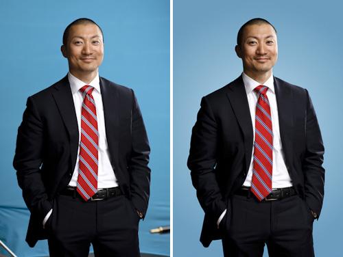 Före och efter ersatt bakgrund på porträtt med blå bakgrund