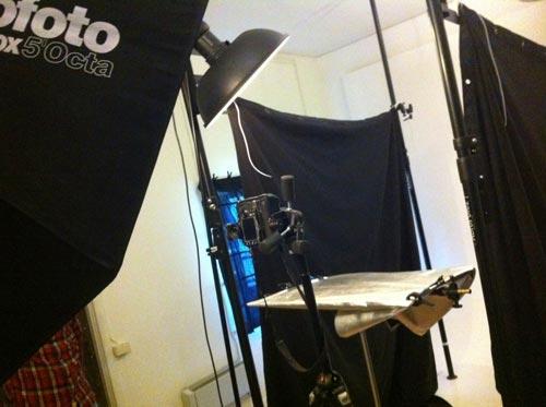 fotostudio, scendekor med molton-tyg som avskärmare