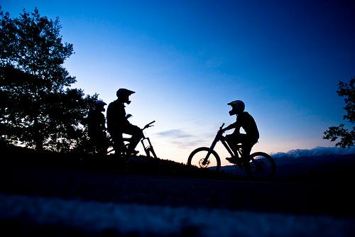 mountainbike-soluppgång