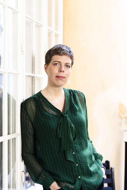 Johanna Lindbäck, författarporträtt för Lilla Piratförlaget, 2013. Fotograf Stefan Tell